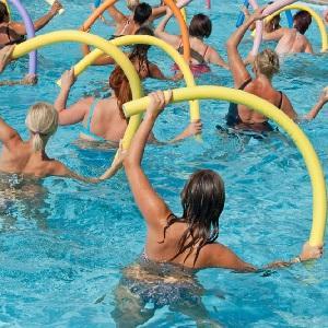 Занятия физкультурой в воде