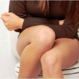 Что делать с поносом у мамы при грудном вскармливании и можно ли лечить левомицетином