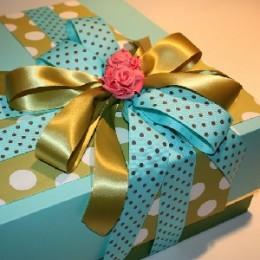 Что лучше всего подарить на выписку из роддома подруге или родственнице