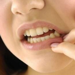 Как и чем спасаться от зубной боли при грудном вскармливании