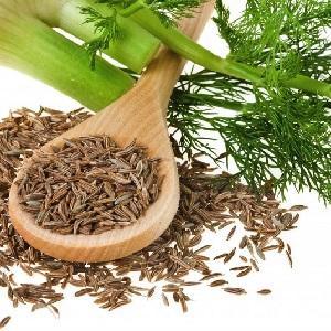 Деревянная ложка с семенами