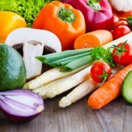 Витамины и полноценное питание для кормящих мам