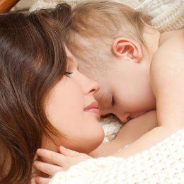 Отлучение от грудного вскармливания: как сделать его безболезненным и безопасным для мамы и малыша