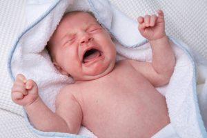 Причины коликов у новорожденного