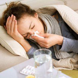 Чем лечить насморк у беременных